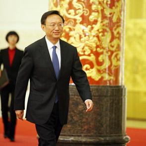 外交部部长杨洁篪步伐稳健
