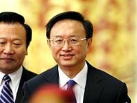 外交部长杨洁篪就外交政策和对外关系答问[组图]