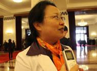 湖南代表张苹英:应把学前教育纳入义务教育