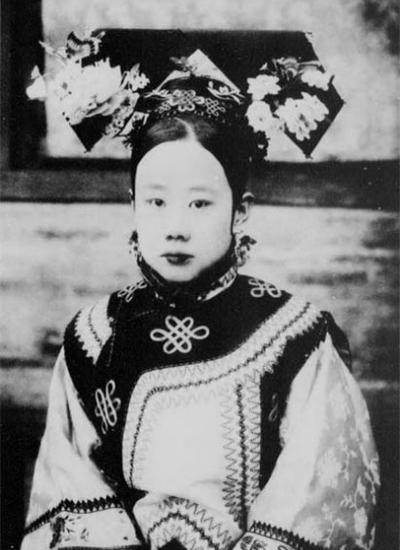 皇帝 临 幸 妃子 清朝 康熙 妃子 的 画像 清朝 妃子 ...