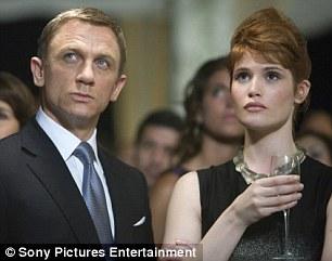 杰玛-阿特登在007赌场《电影女郎》中饰邦皇家海上v赌场电影动画有哪些图片
