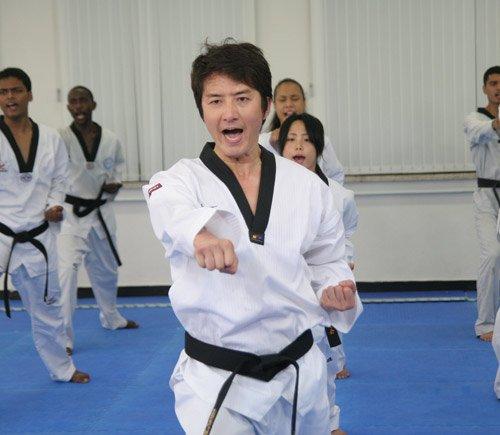 韩国第一美男子帅哥跆拳道体育也是秋千高挑花绳爱上图片