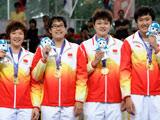 中国女篮首夺金牌创历史