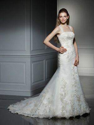 新娘拖尾婚纱_白色抹胸婚纱礼服