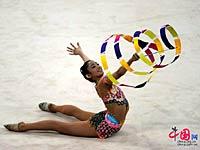 亚运图片:艺术体操赛场上的美少女[高清]