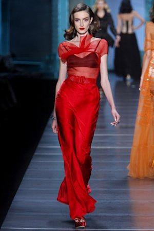 红色礼服打造中国红新娘-明星红礼服打造中国红新娘图片