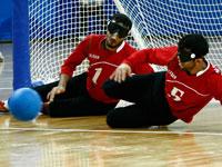 盲人门球比赛中国队以13比4战胜伊朗队[组图]