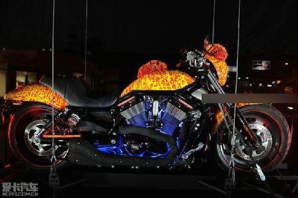 超给力的骷髅摩托车(组图)