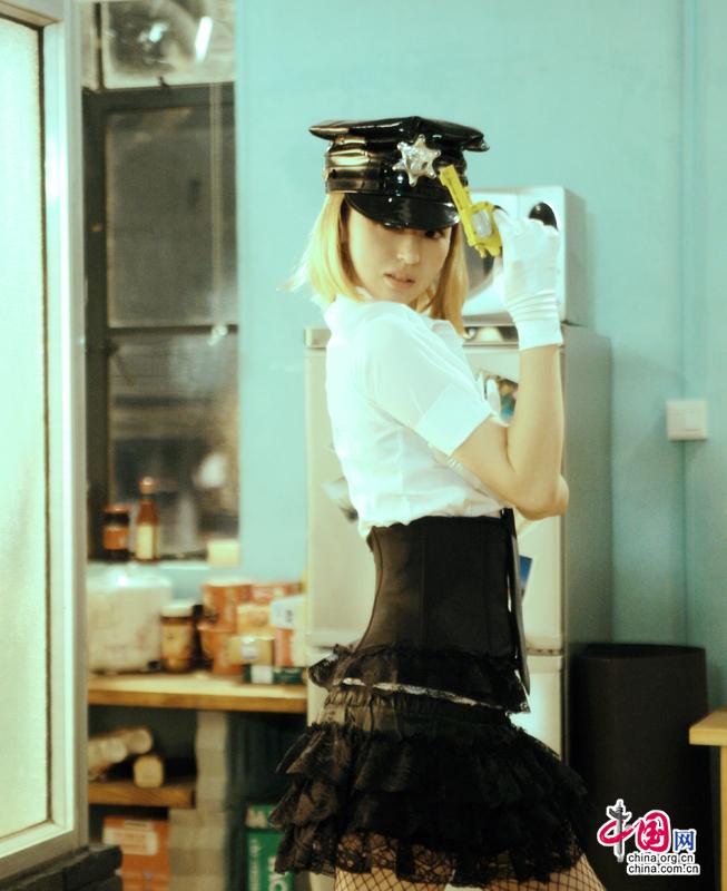 电影版《奋斗》5大亮点 董璇版夏琳演绎制服诱