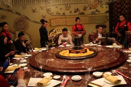 小饭店给员工交社保么 餐饮行业允许不交保险 全球五金网