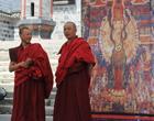古街上的喇嘛大师们