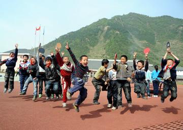 青川县灿烂的孩子们