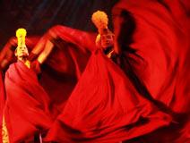 大型西藏唐卡式歌舞诗--《幸福在路上》