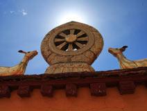 藏式宗教建筑的千古典范——大昭寺