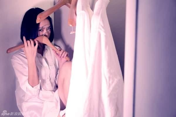 女星与白衬衣的性感组合