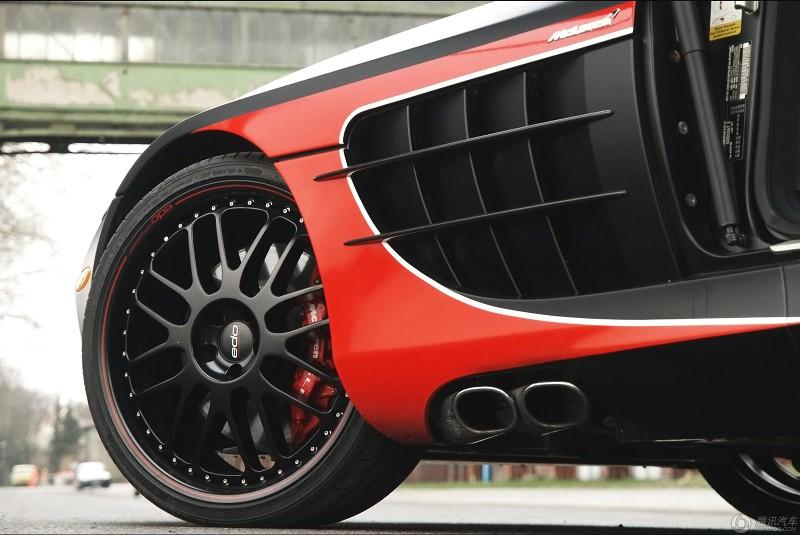 奔驰slr黑弓722改装版亮相 高清图片