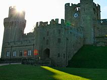 军事机构与权力象征——英国华威城堡