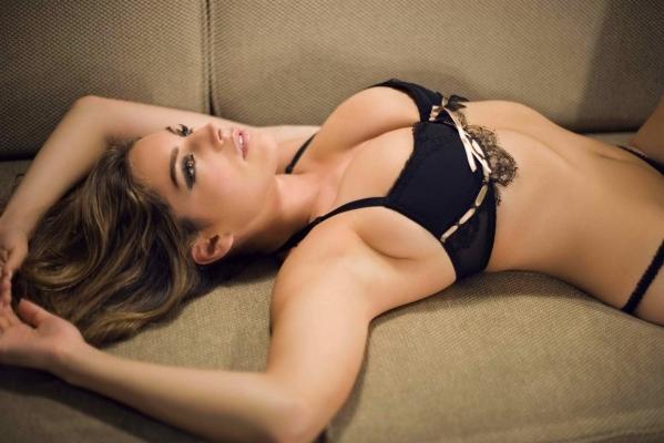 英国最性感女人凯莉布鲁克