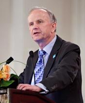 波兰前副总理格泽高滋·科勒德克