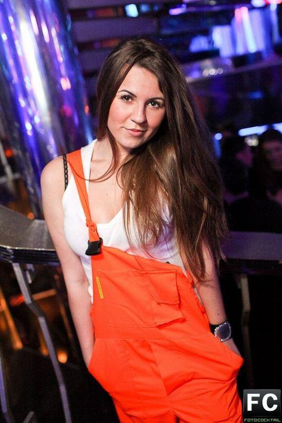 莫斯科夜店性感辣妹真疯狂图片