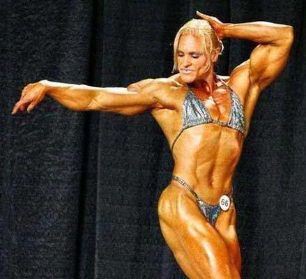 世上最强壮肌肉女 令男人汗颜图片