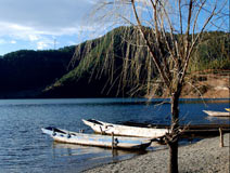 """养育着摩梭人的""""母亲湖""""——泸沽湖"""