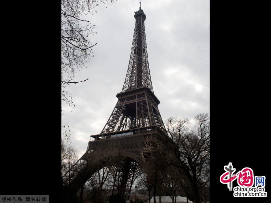 巴黎的标志之——埃菲尔铁塔图片
