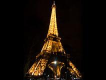 巴黎的标志之——埃菲尔铁塔