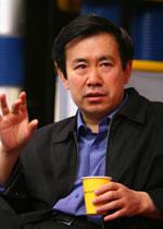 """第二届""""科学·人文·未来""""论坛 中国海洋大学 毕淑敏 王蒙 张炜"""