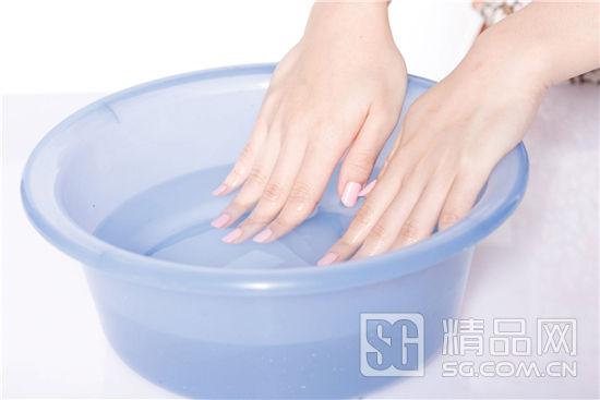 [手足护理] 自己可以轻松完成的保养指甲步骤 简单指甲保养step