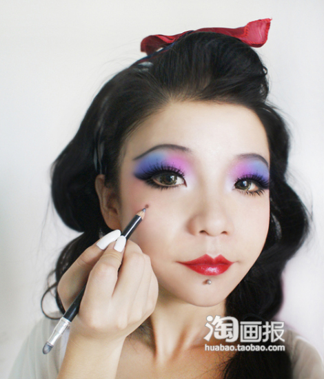 正式进入化妆教程为了达到旧上海女人
