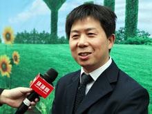 饶胜高接受媒体采访