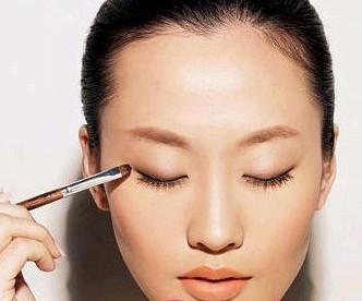 新娘妆:单眼皮如何画眼妆