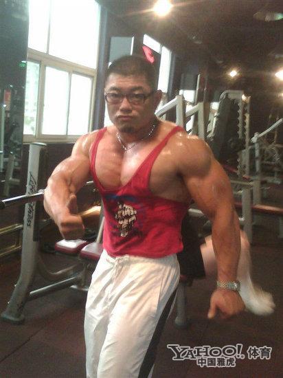 学霸变身肌肉猛_叶涵 7分肌肉男