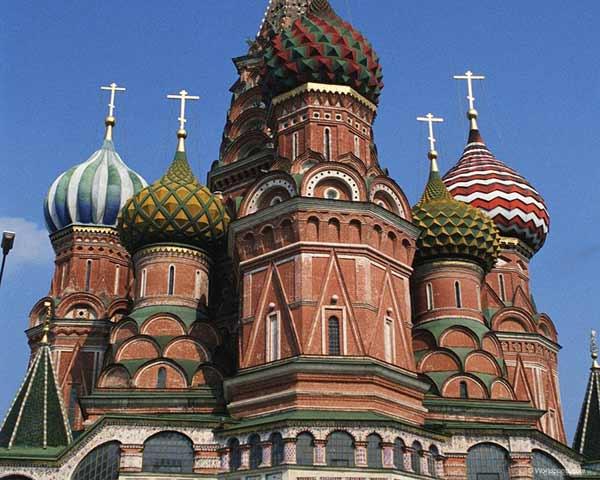 古俄罗斯宫廷建筑灵感的早秋系列