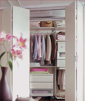 小卧室也能拥有的斜行衣帽间-手把手教你打造精致 步入式 衣帽间