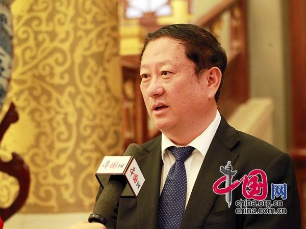 宋庆龄/常荣军谈宋庆龄基金会30年来取得的成果...