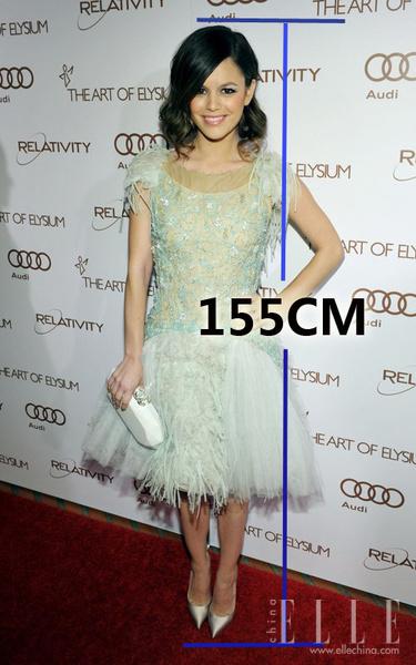 身高女生照片蕾切尔比尔森街拍155cm女生穿衣打扮  竖