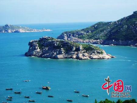 菊花岛位于辽宁省葫芦岛市兴城东南1