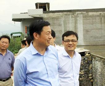 中央外宣辦新聞局郭衛民局長率中外記者赴貴州採訪
