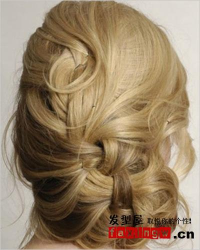 复古风新娘盘发发型(组图)