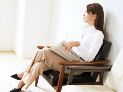 坐姿睡姿不正确的你 腰龄 超标吗