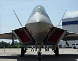 美军专家认为F-22A隐身涂料毒烟熏晕飞行员
