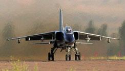歼轰-7战斗轰炸机