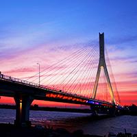 黄昏时分的哈尔滨松浦大桥[组图]