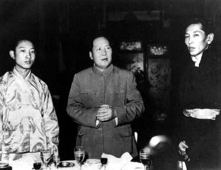 十四世达赖喇嘛叛逃始末 望天打卦出逃_中国国情 ...