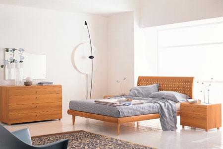 温馨卧室装修图片part1:简约实木风格-2012最流行卧室装修案例图 图片