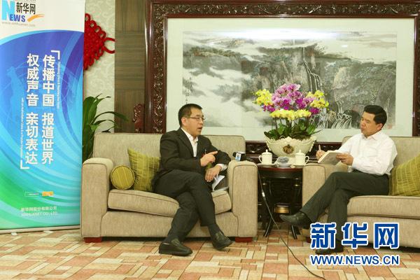 11月7日,十八大代表、北京市西城区委书记王宁接受新华网记者独家专访。新华网记者 杨理光摄