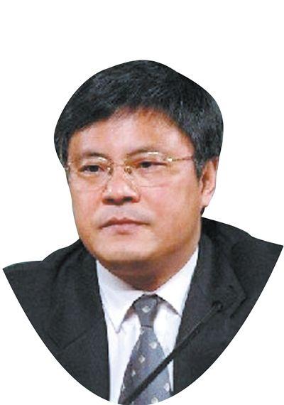中共中央党校教授谢春涛