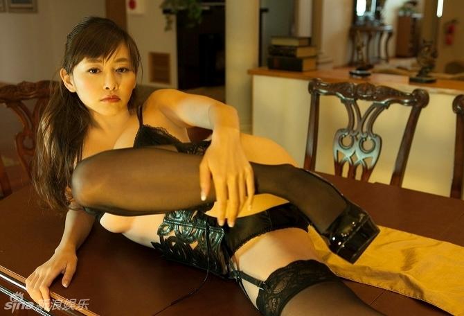 日本巨乳女星杉原杏璃写真